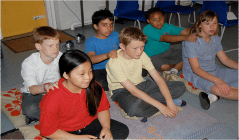 massage enfants à l'école
